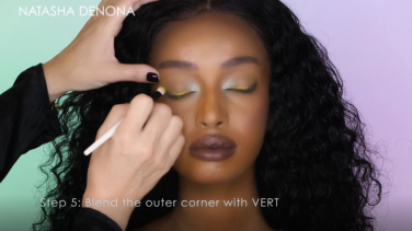 Natasha Denona | How-To Tutorial: Day-Night Look using the green row of the Triochrome Palette
